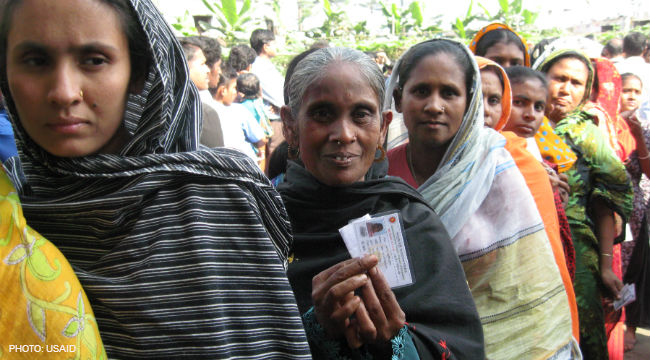 Image of women voters in Bangladesh.