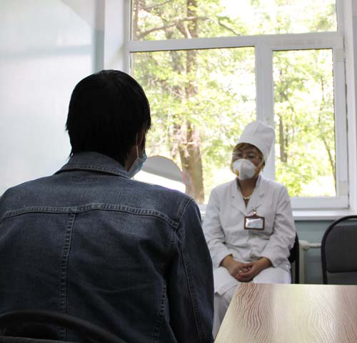 Patient Zhenya M. is undergoing treatment for MDR-TB.
