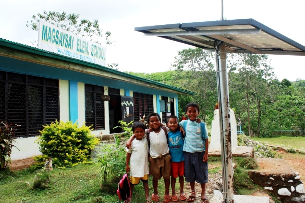 USAID provided the Magsaysay Elementary School with a solar photovoltaic system