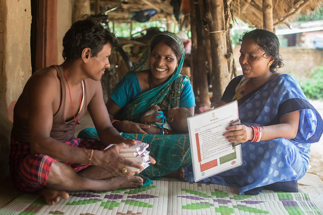 The Patras live in Cuttack district in Odisha where nearly 13.6 percent of married women (15 – 49 yrs) have an unmet need for FP (NFHS-4 data), but newer contraceptive methods, are helping more couples use FP.
