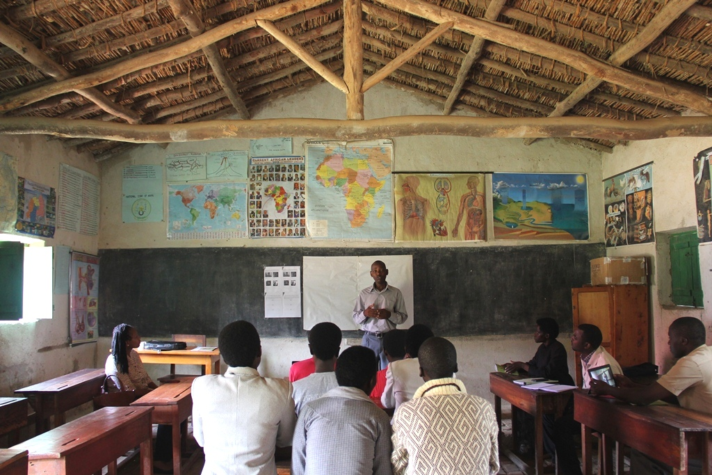 Celestin Ntirushwa holds a workshop with teachers on incorporating stories into their curriculum.