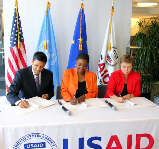 Signing the Call for Action on South Sudan