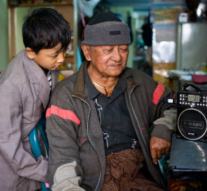 Before Burma's democratic transition, citizens would get their independent news and information from radio broadcasts from outside the country from Democratic Voice of Burma or Radio Free Asia. / Kim Nguyen van Zoen, Internews