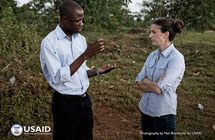Lani Fortier, member of the International Rescue Committee (IRC), leads the Montserrado County case investigation and contact tracing unit as they search for potential contacts to an Ebola patient. Photo by Neil Brandvold, USAID