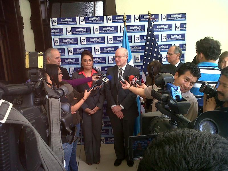 Vice President Roxana Baldetti of Guatemala with USAID Deputy Administrator Steinberg