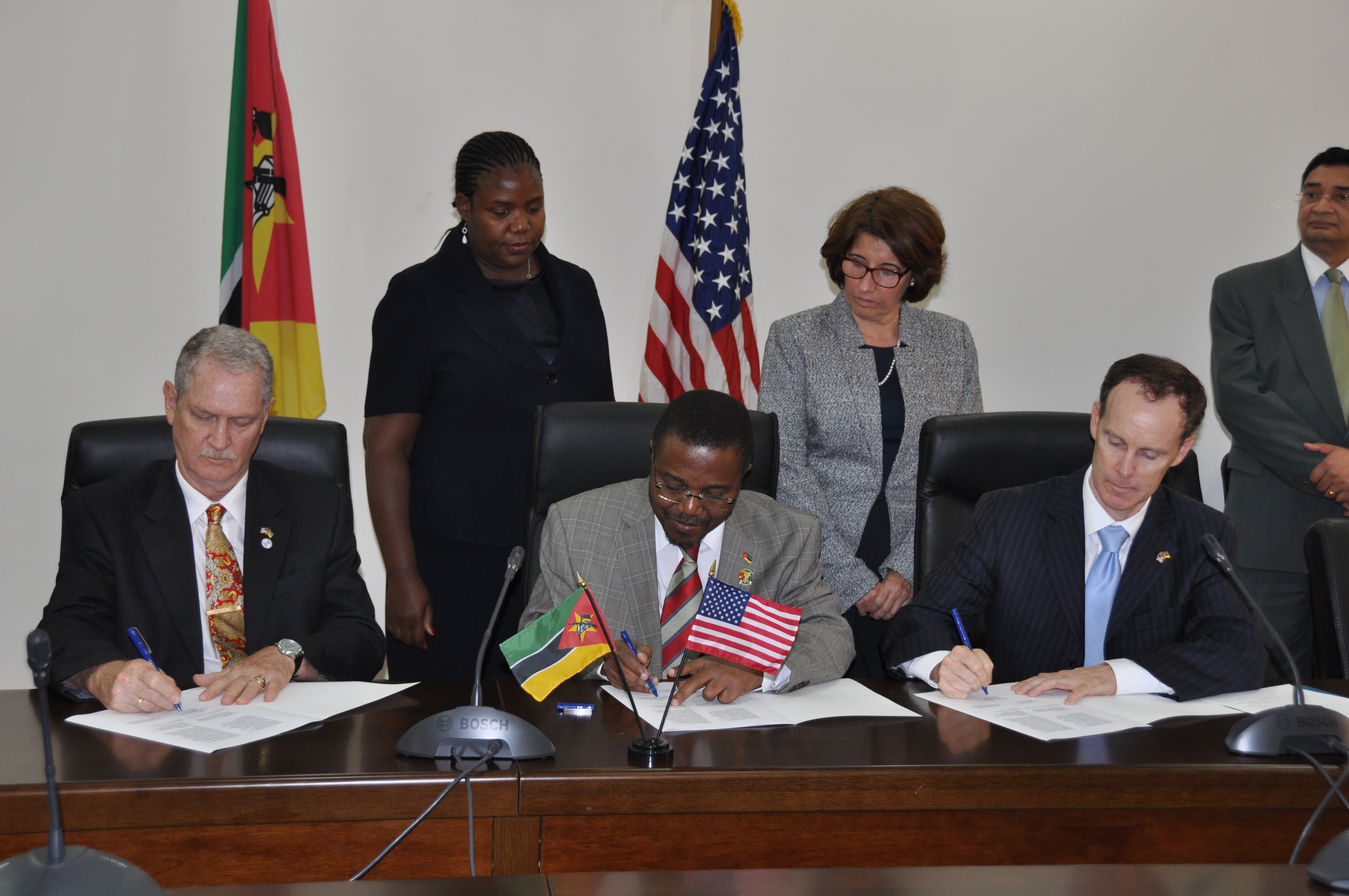 USAID partners with the Mozambique's Attorney's General Office to combat corruption and control illegal activities