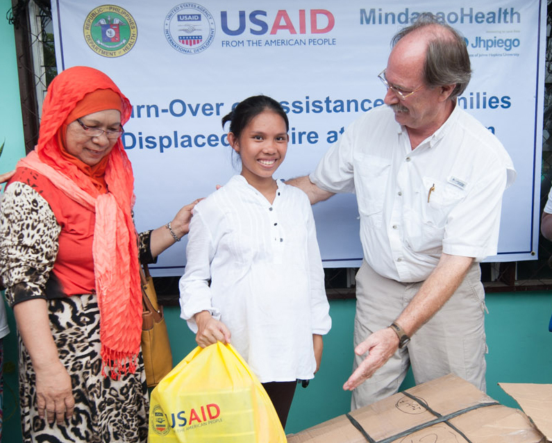 US Government Provides Assistance to Fire Victims in Zamboanga City