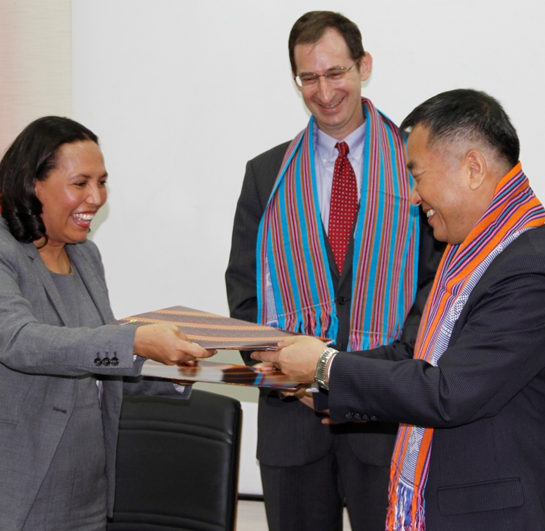 Exchange of agreement between USAID/Timor-Leste Mission Director and the GoTL Vice Minister of Finance