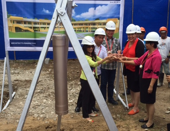 U.S. Government Renews Commitment to Help Leyte Province to Build Back Better after Typhoon Yolanda