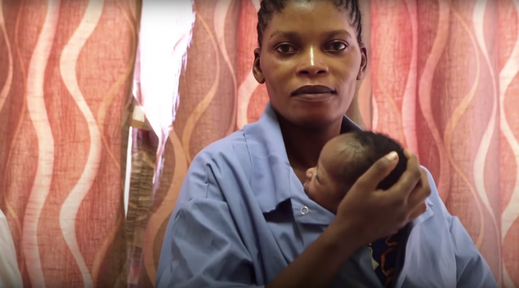 A mother at the USAID-supported Dipeta Health Center demonstrates Kangaroo Mother Care, a simple yet effective practice for ensuring the survival of premature newborns.