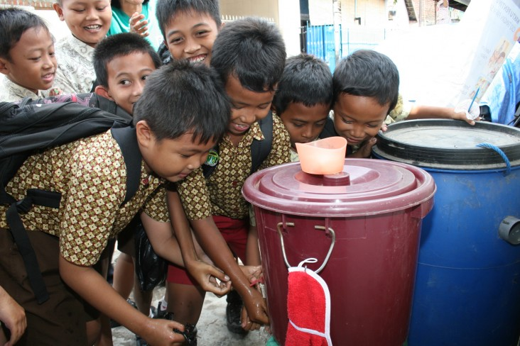 Improving access to safe drinking water and adequate sanitation services is an important element of USAID's work to improve the health of mothers and children in countries where we work. These schoolchildren in Indonesia know that actions as simple as handwashing can save lives.