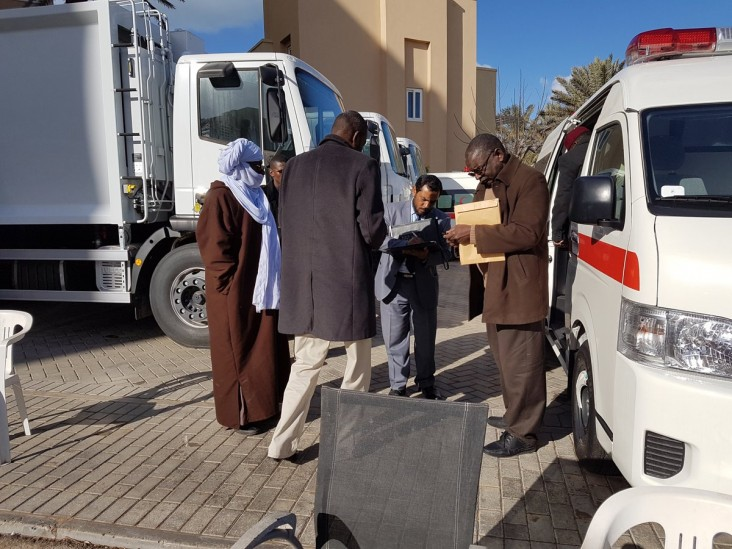 Transfer of equipment to the municipality of Obari.