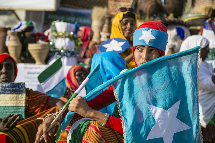 girl with Somali flag