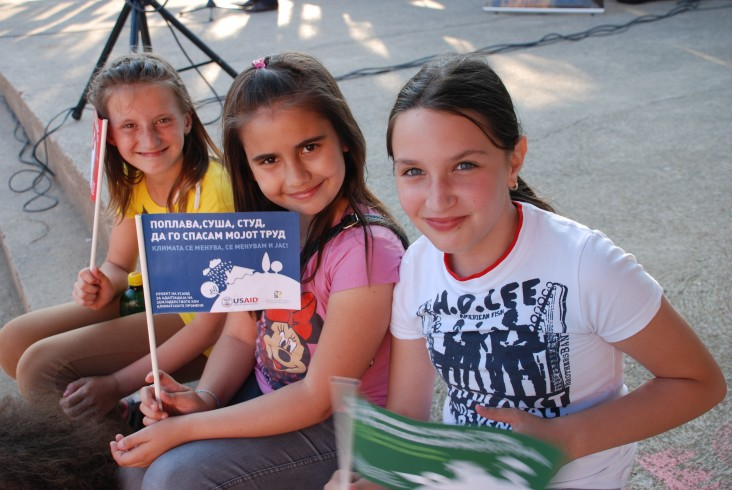Macedonia school children attend climate change awareness event