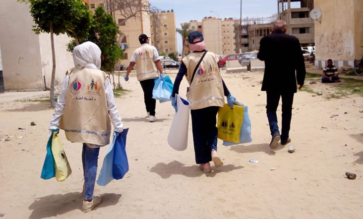 Youth distribute hygiene kits in North Sinai
