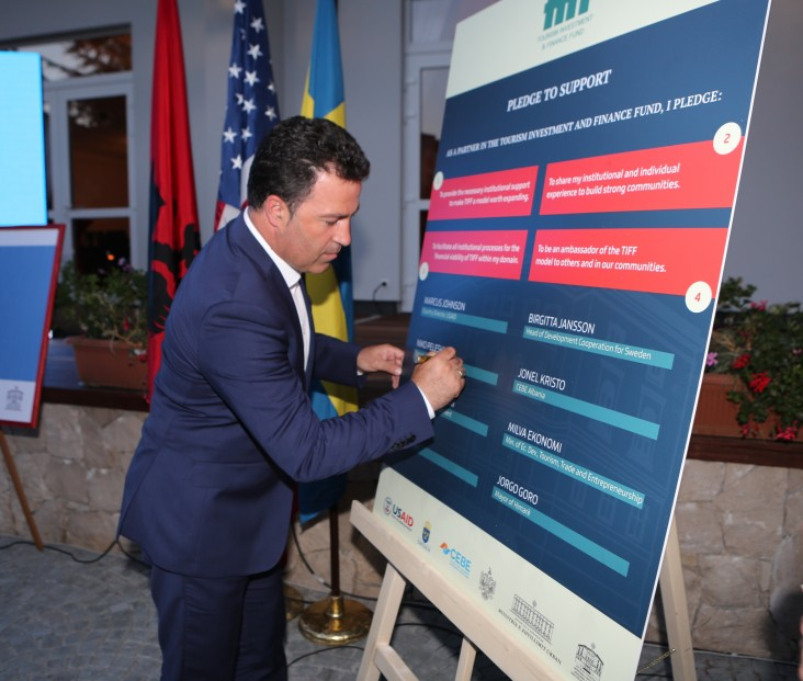 Albanian Deputy Prime Minister Niko Pelesh signed a pledge of support for the Tourism Investment Finance Fund.