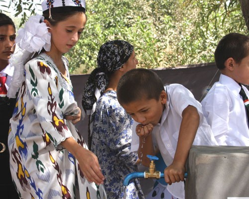 Children in Khatlon enjoy fresh drinking water for the first time in their lives.