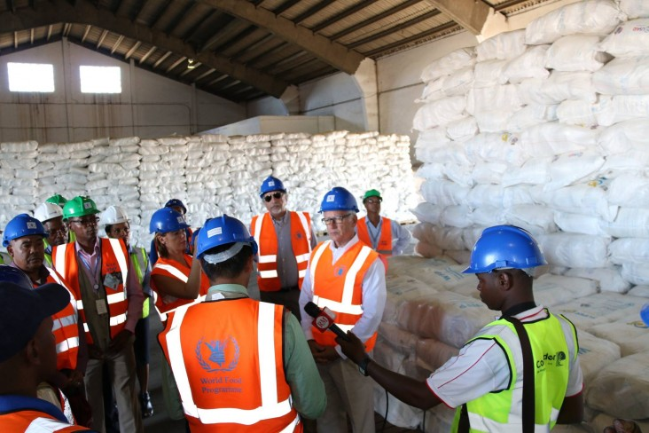 U.S. Ambassador to Mozambique, Mr. Dean Pittman visits the World Food Program Warehouse in Beira.