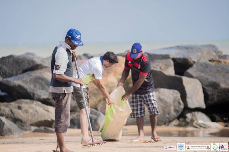 Celebrating World Ocean Day with a beach clean up