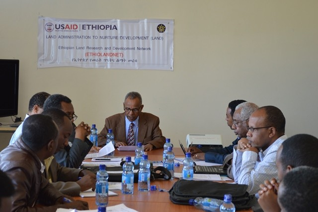 Dr. Aregay Waktola, deputy chief of party for USAID's LAND activity, briefs workshop participants about the objective of network