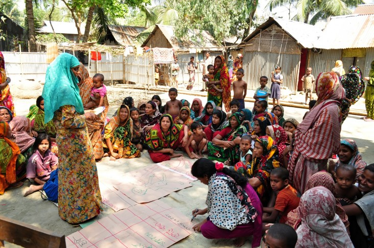 A community action group in Lakhai Upazila, Bangladesh meets monthly to discuss health concerns and healthy behaviors around pregnancy.