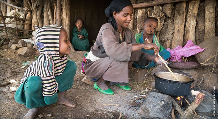 Image of mother cooking nutritious food for her children in Ethiopia