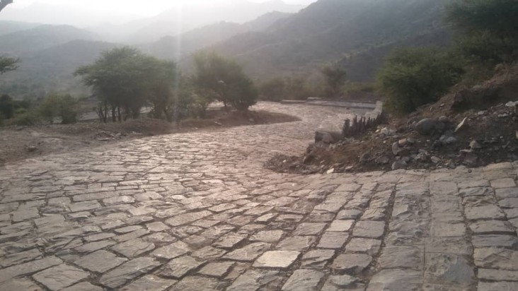 After: The road was repaired thanks to an initiative led by Mohammed, a local youth leader who convened local authorities and community members to work together to find a solution to the problem.