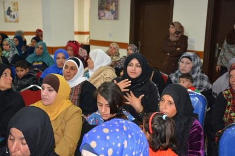 """As part of the national FP campaigns implemented by J-CAP, women attend """"edutainment"""" sessions to learn more about family planni"""