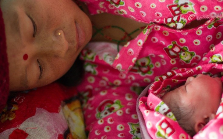 Image of Nepali mother and newborn baby