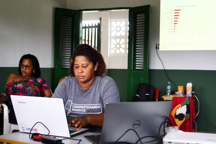 USAID/Brazil supports the dissemination of technology for territorial mapping, monitoring and management in a partnership with ECAM and Google Earth.