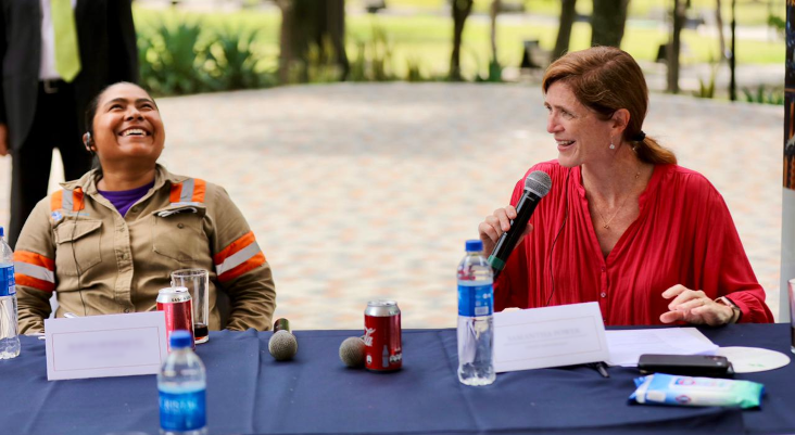 Administrator Power holds a roundtable discussion with youth at Parque Cuscatlán during her visit to El Salvador.  USAID supports education and job-training programs so that young people have opportunities to grow and succeed at home.