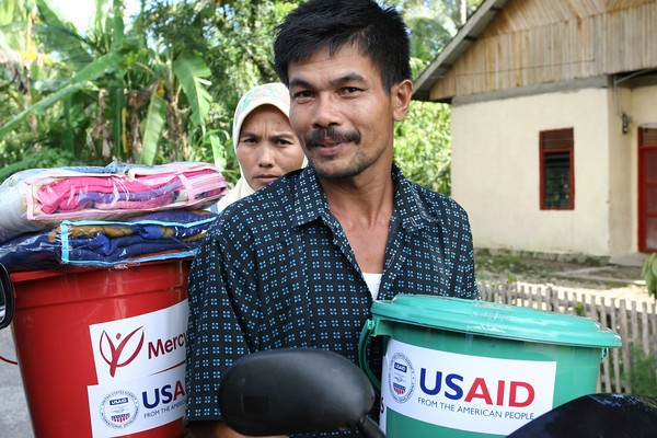 USAID worked with partners in 2010 to distribute hygiene kits and to survivors of Indonesia's 7.5 magnitude earthquake.