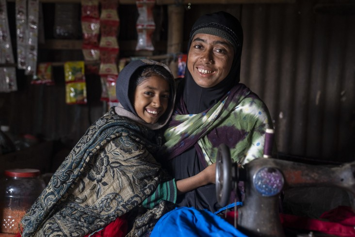 Tehmina Begum and her daughter in Bangladesh
