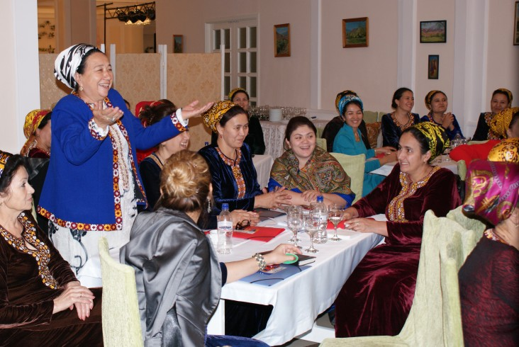 Group of 35 women participating in a seminar in Turkmenistan.