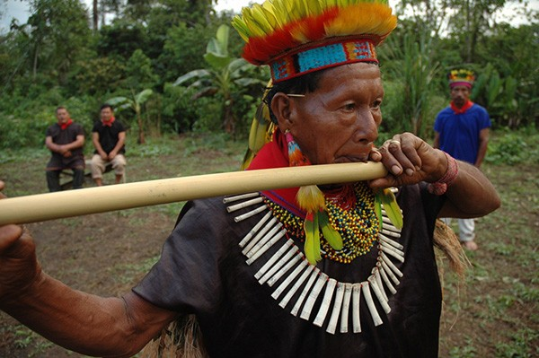 This member of the Cofán indigenous community lives in one of Ecuador's most senstive ecosystems in the Guamez Valley region.