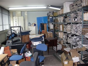 Any available vacant space at Paloquemao was being used to store files, furniture and discarded office equipment.