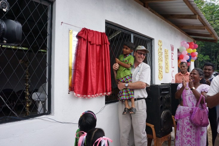 Mr. Reed Aeschlimann, Mission Director of the United States Agency for International Development (USAID) for Sri Lanka and Maldives, ceremonially opened a community hall in Akkara 7, Maduruketiya GND in the Monaragala district on October 23, 2019.