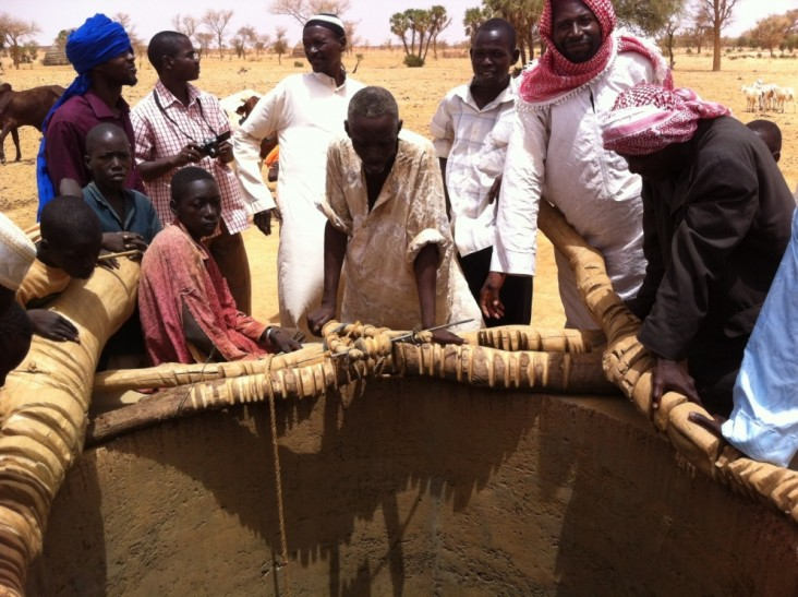 Community members in Tillabéri Region, western Niger, gather around a local water well.