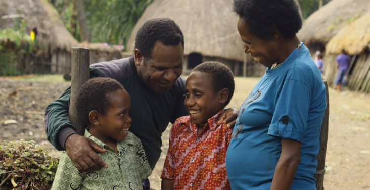 USAID's Office of HIV/AIDS works with partners to keep families and communities free of HIV and AIDS.