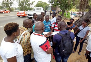 Surveyors huddle for a briefing