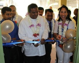 Ambassador Sison, along with the Eastern Province Chief Minister M. Najeeb Abdul Majeed, opened a USAID-funded center for worker