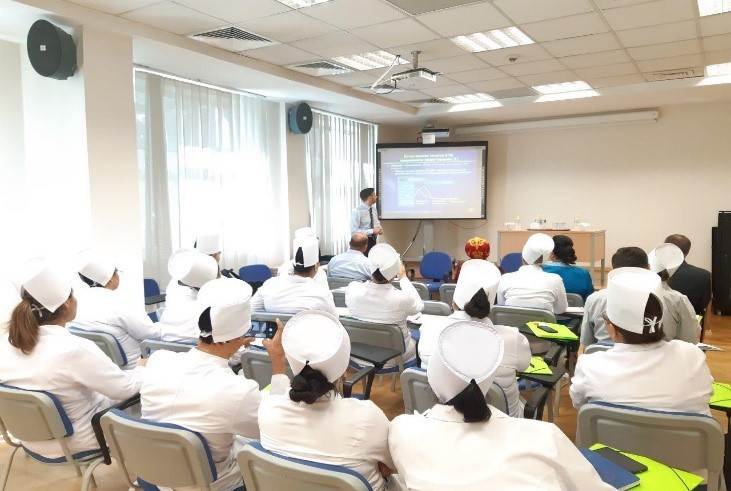 Training for health workers on the use of the electronic system