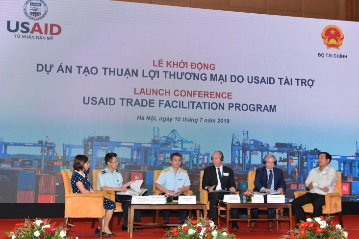 A panel discussion on trade facilitation.