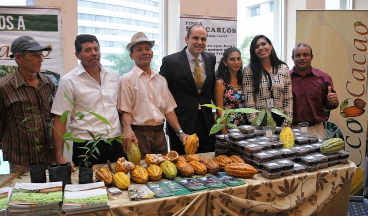 Beneficiarios del Proyecto Costas y Bosques Sostenibles de USAID
