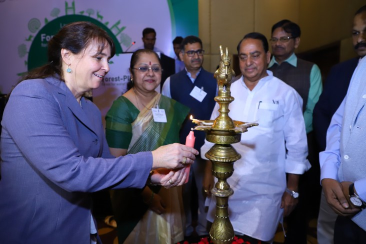 USAID/India Deputy Mission Director, Ramona El Hamzaoui  and A. Indrakaran Reddy, Honorable Minister for Forest & Environment, Science & Technology, Endowments and Laws, Government of Telangana at the event.