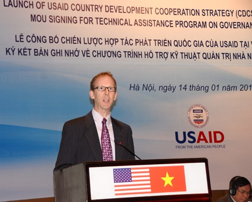 USAID Vietnam Mission Director Joakim Parker speaks at the launch ceremony.
