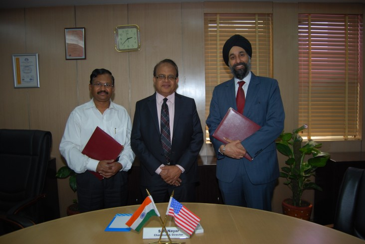 (From left to right): E. S. Rao, Director & CEO, IAMCL, S.B. Nayar, Chairman and Director, IIFCL, and Manpreet Anand, Acting Mis