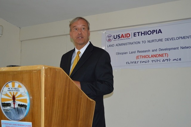 USAID Ethiopia Acting Mission Director Gary Linden at the launch of ETHIOLANDNET, a new network forum.