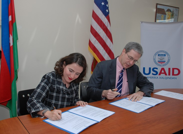 USAID and American Chamber of Commerce to Cooperate on Improving Investment Climate