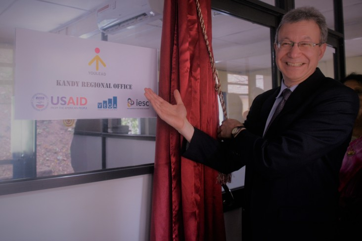U.S. Department of State Deputy Assistant Secretary for South and Central Asian Affairs Daniel Rosenblum launched the USAID-sponsored YouLead Central Province office at the Chamber of Commerce, Kandy.